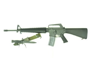 COLT M16A1 CAL.223REM CON BAIONETTA