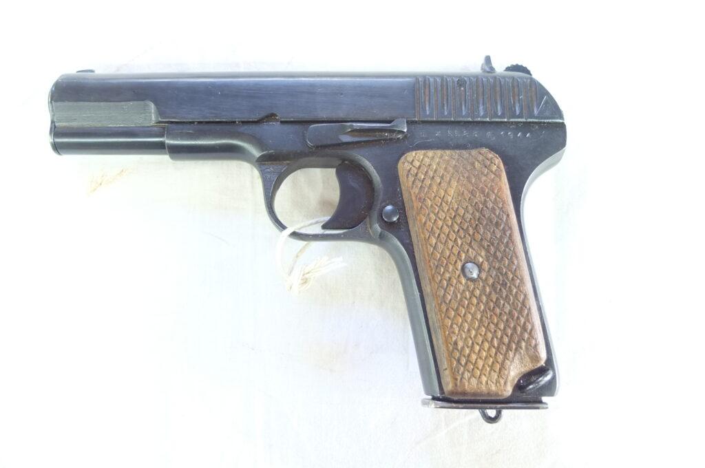 TOKAREV MOD.TT33 CAL.7,62NAG ANNO 1944